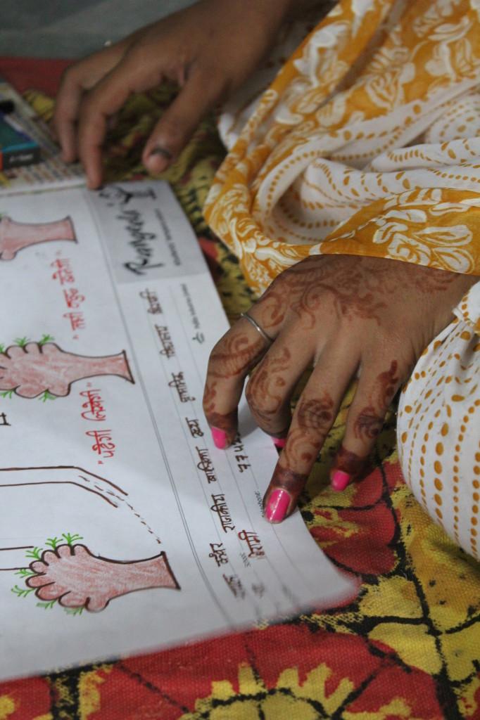 Henna hand drawing